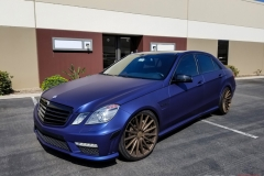 MERCEDES BENZ E63 AMG MATTE BRILLIANT BLUE
