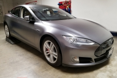 Tesla Model S satin dark gray full wrap - Rolotech